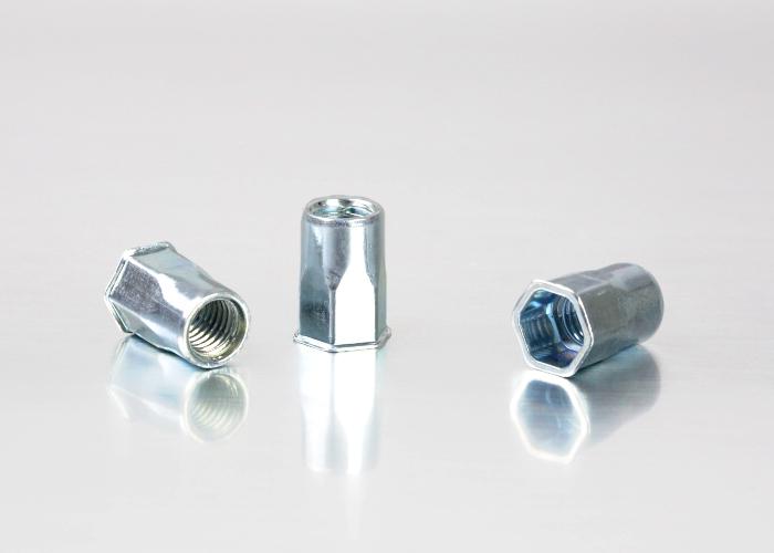小头半六角碳钢铆螺母