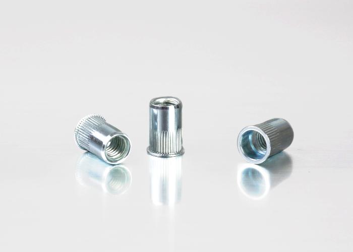 小头条纹碳钢铆螺母