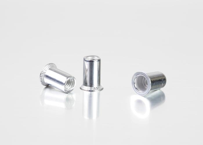 沉头圆柱铝铆螺母
