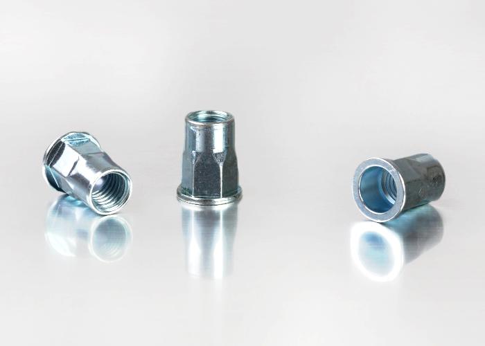 平头半六角碳钢铆螺母